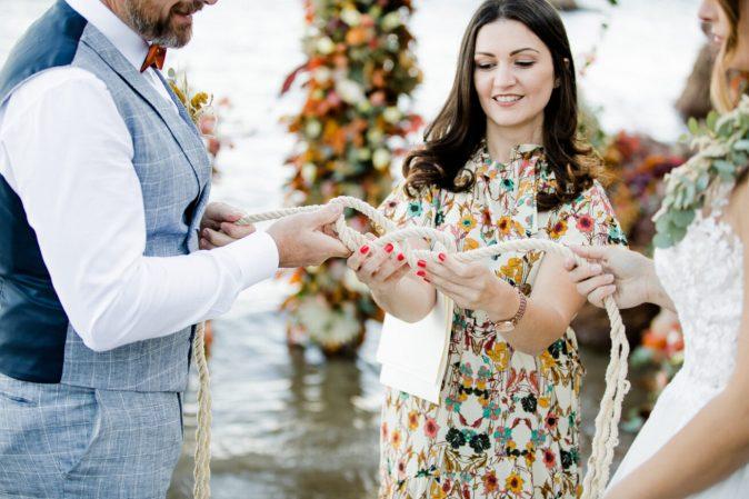 tying-knot-wedding-ceremony