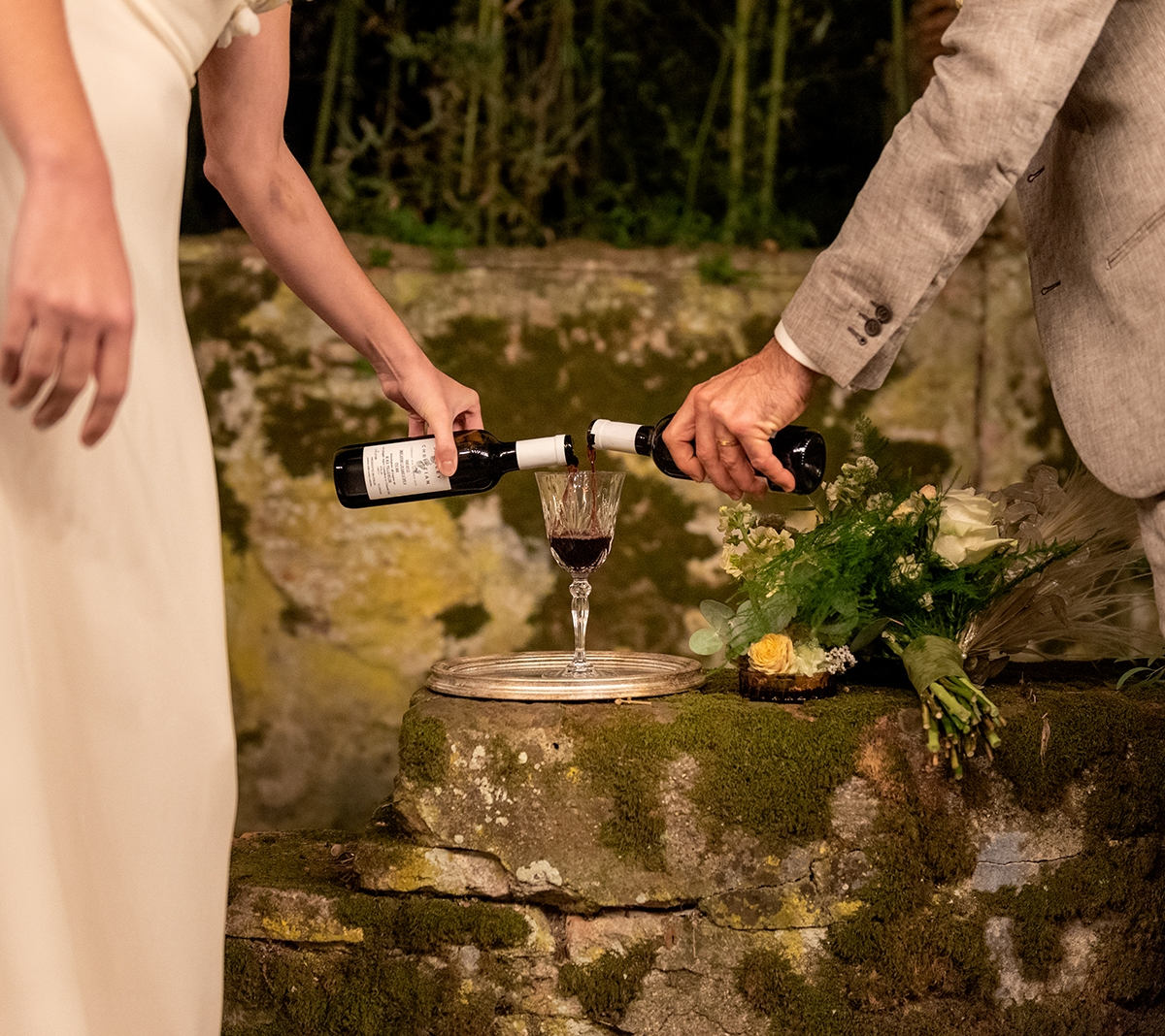 wedding-ceremony-ritual-of-wine-blending